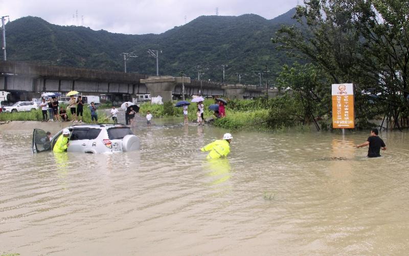 利奇马入江苏境内 台风利奇马已致28死