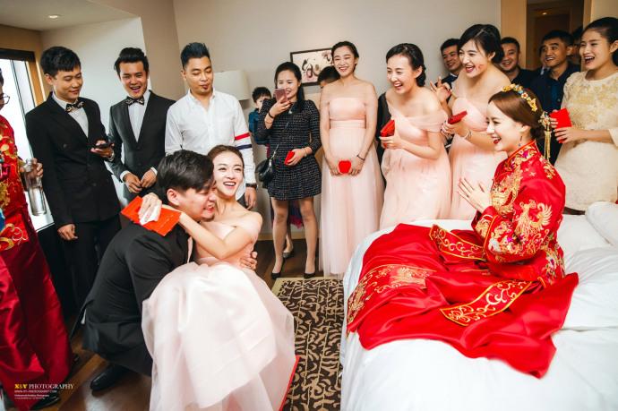 魏璎珞伴娘照曝光 美过新娘