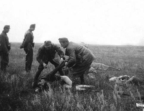二战苏联女兵上战场不穿裤子!