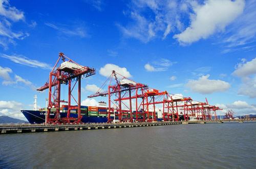全球排名前十港口中国占7席!