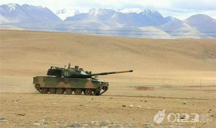 【西藏练兵震慑印度】西藏练兵震慑印度现场画面!