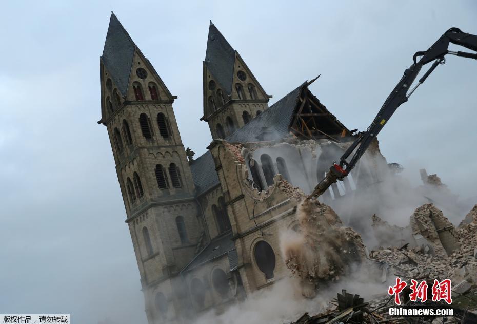 德国一教堂遭拆除  为什么拆?