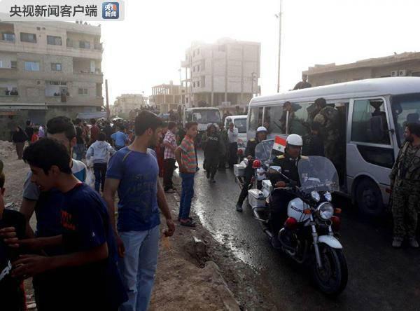 """叙宣布收复杜迈尔  伊斯兰军""""及家属全部撤离"""