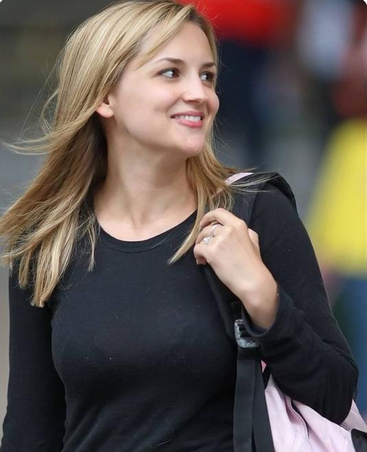 比尔盖茨的女儿 穿着朴素行事低调!(图)比尔盖茨的女儿