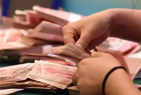凭声音就能辨别钞票张数  奇迹!