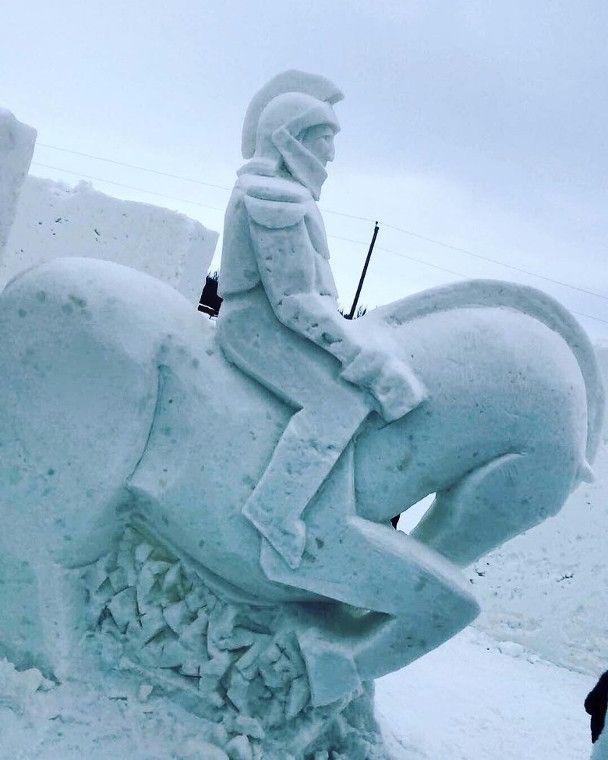 全球最大雪地迷�m