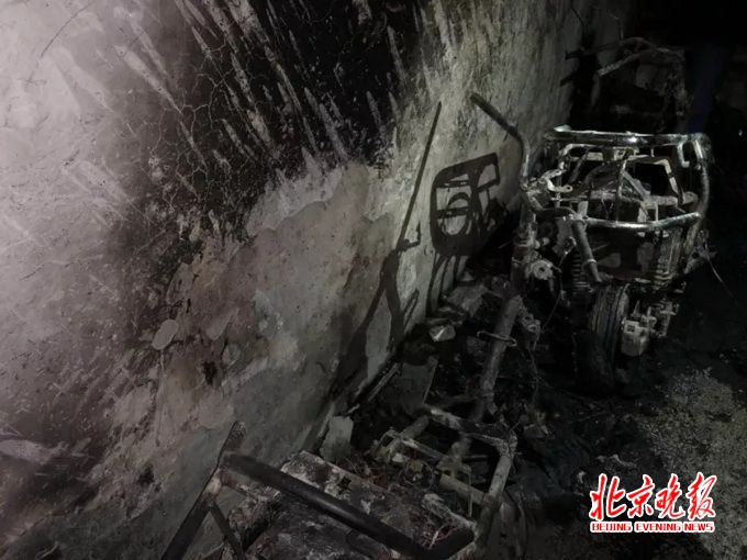 北京自建房著火   �е�5人死亡