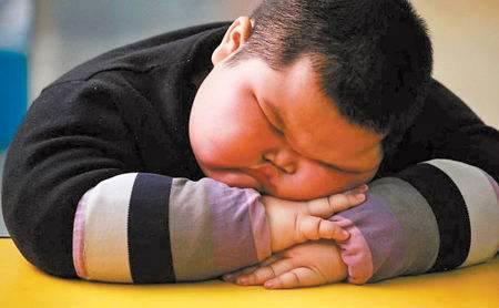 4岁胖墩睡梦去世  儿童肥胖的危害有哪些呢?
