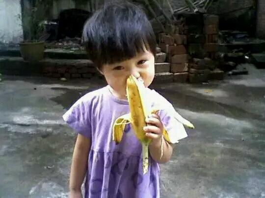 5岁女孩吃香蕉噎死 好心人却被告!