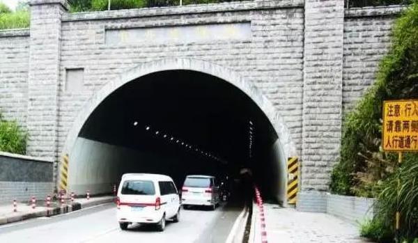 震惊世界的时光倒流事件 时空隧道真实事件盘点!