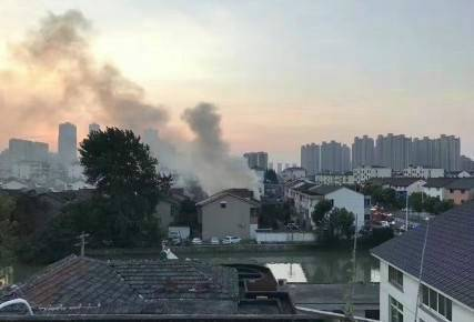 江苏常熟民房发生火灾 22人死亡!