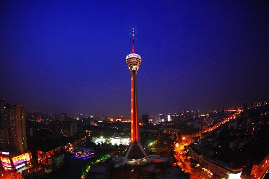 成都拟建第一高楼  建筑高度677米!