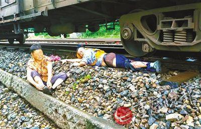 男子跳火车救人截肢 还没媳妇怎么办?